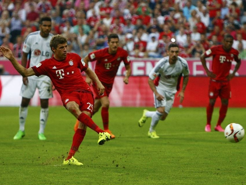 Muller marks 200th match in style