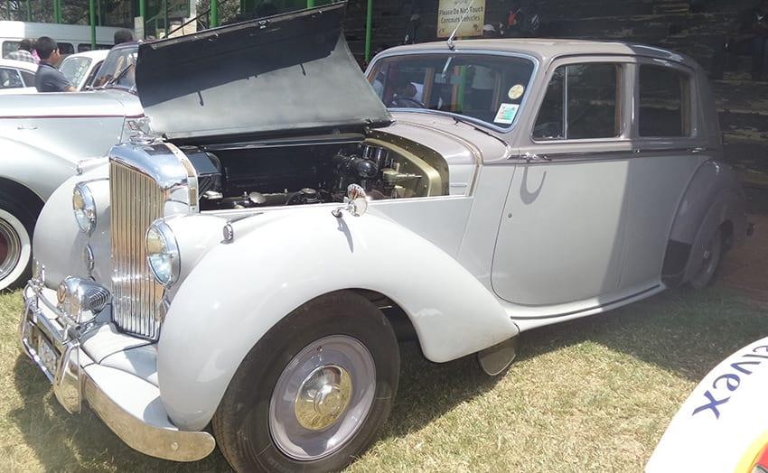 White old-skool Bentley on display Photo/Yvonne Patock