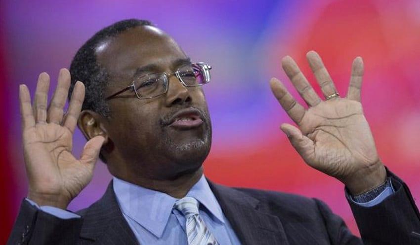 Republican Ben Carson's campaign manager, 20 staff quit