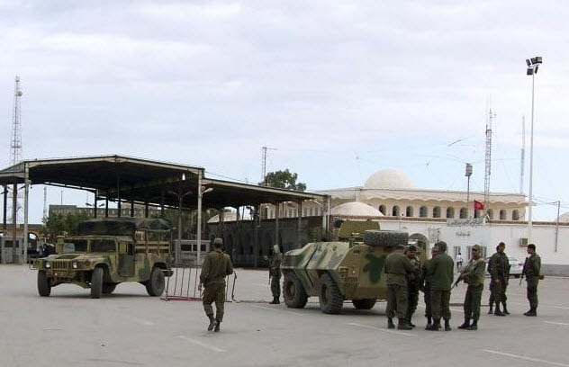 5-Militants attack Tunisian forces near Libyan border, 53 killed
