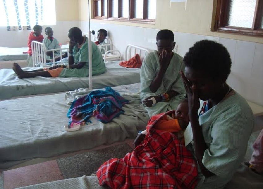 18 hospitalised after eating poisonous meat