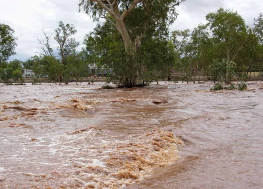 Heavy rains damage crops after drought in Zimbabwe