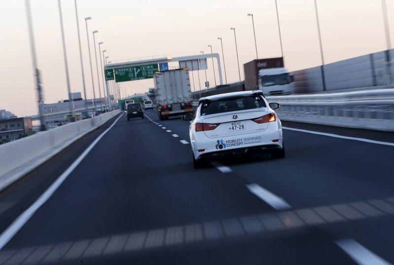 Japan gov't, Toyota, Nissan to step up efforts on intelligent maps