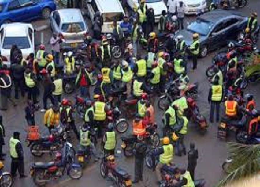 Two prison officers clobbered by boda boda riders in Ruiru