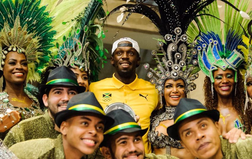 Showman Bolt aiming for 200m WR in Rio 2016