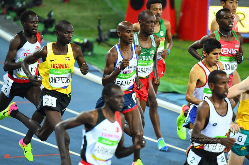 Tanui rewarded with silver as Farah holds on to 10000m title