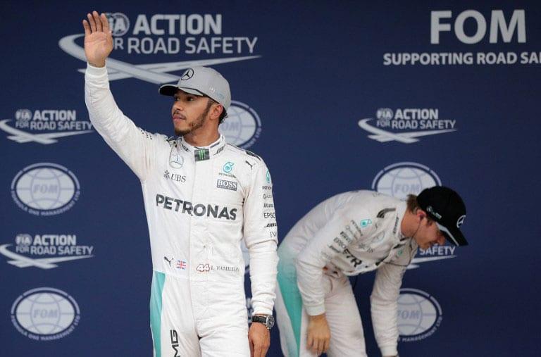 Seething Lewis Hamilton snubs media in Japan