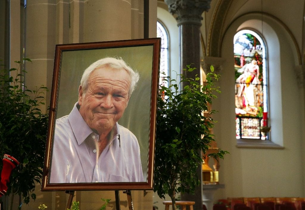 Nicklaus leads tributes to 'The King' Palmer at memorial