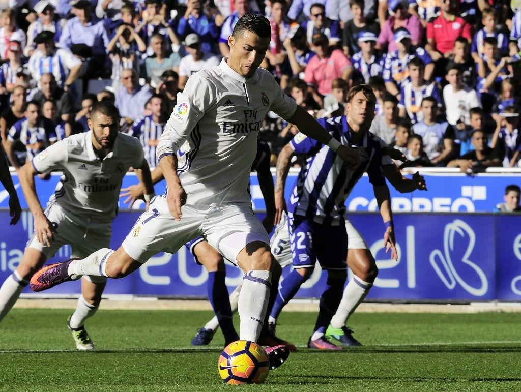 Ronaldo hat-trick extends Real La Liga lead