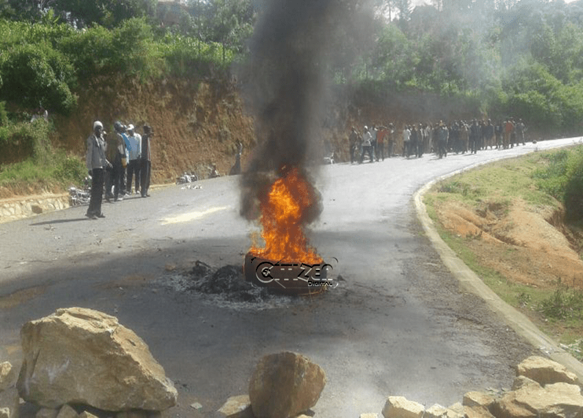 Residents protest construction of Itare Dam