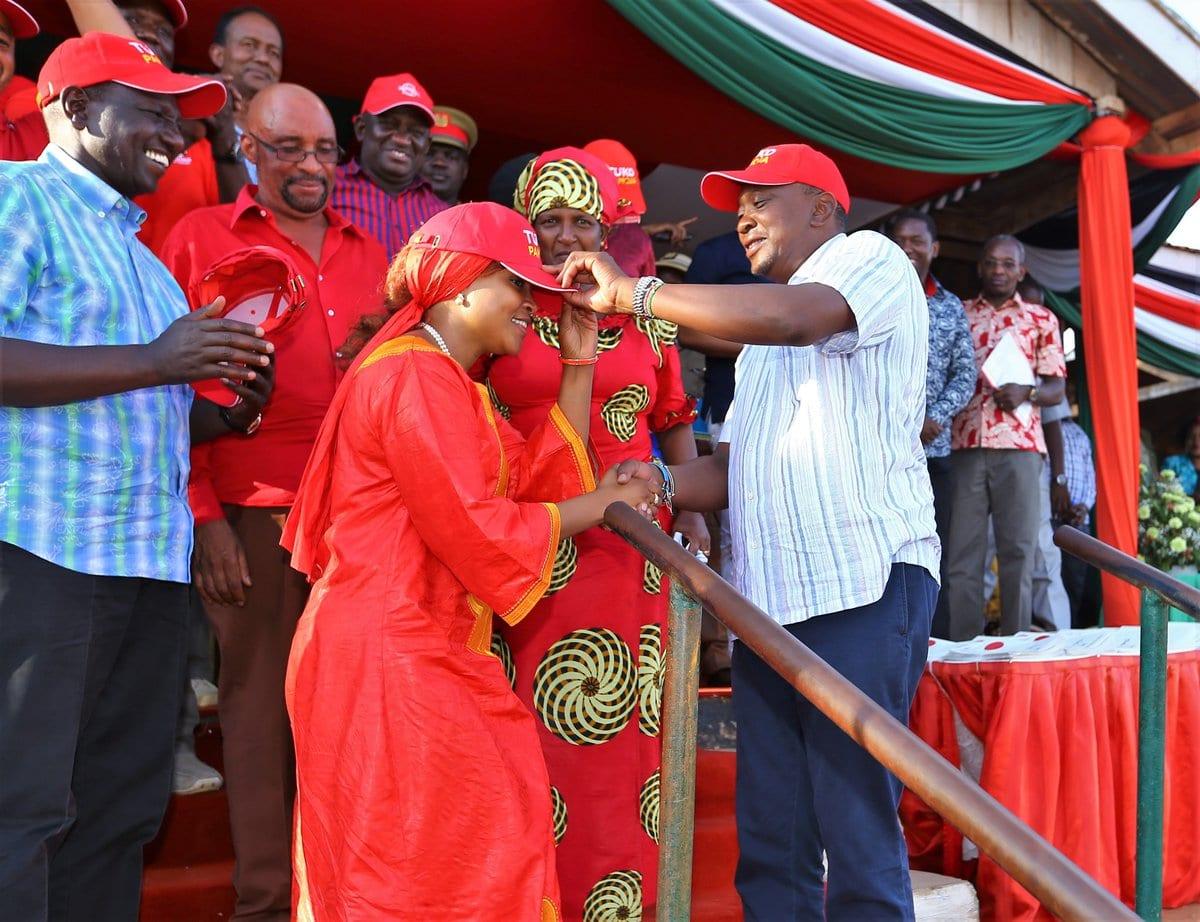 President Kenyatta, deputy Ruto lead Jubilee defectors harvest at the Coast