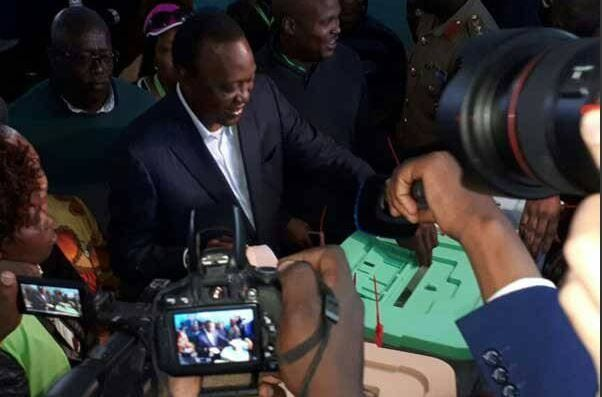 IN PICTURES: Political leaders cast their ballot
