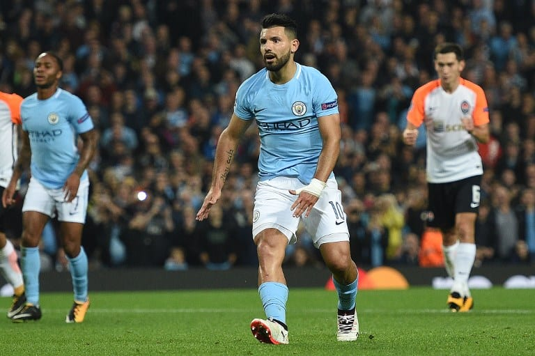 Manchester City's Argentinian striker Sergio Aguero reacts after shooting from the penalty spot but failing to score during the Group F football match between Manchester City and Shakhtar Donetsk at the Etihad Stadium in Manchester, north west England, on September 26, 2017. / AFP PHOTO .