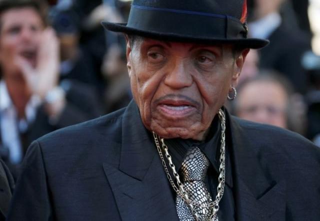 Joe Jackson, father of Michael, dies at 89