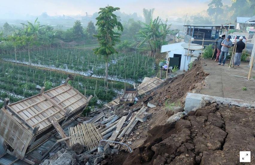 Magnitude 6.6 quake strikes off Indonesia's Sumbawa: USGS