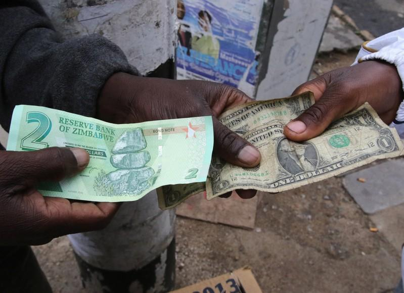 Zimbabwe's unlicensed foreign currency traders face 10-year jail