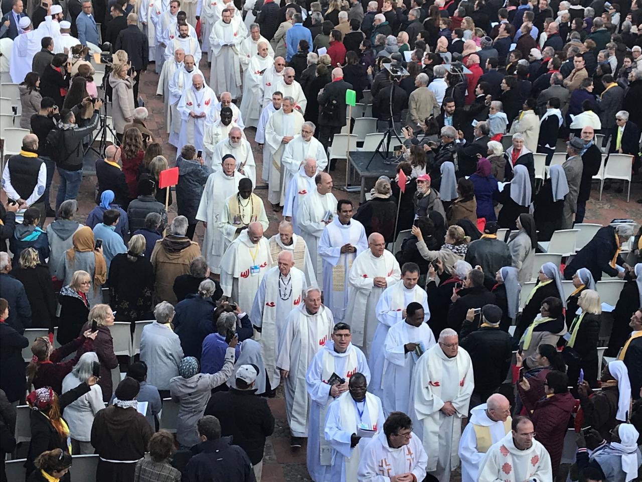 Catholic Church beatifies 19 Christians in Algeria