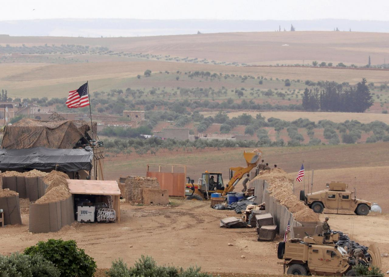 U.S. weighs complete withdrawal of troops from Syria: U.S. officials