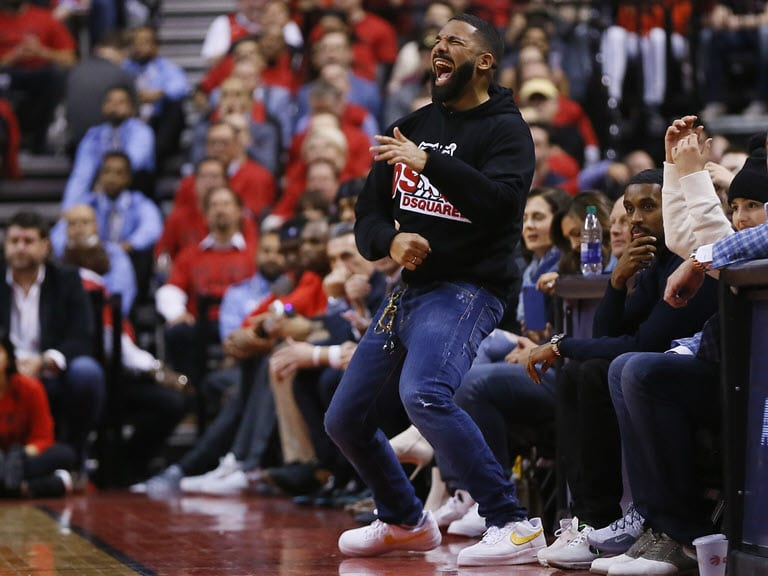 Drake blasted for trolling Bucks star Giannis