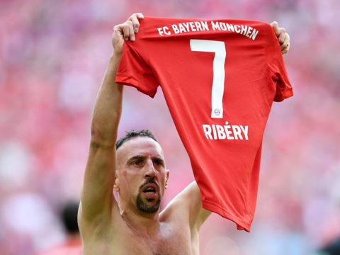 Winger Ribery signs for Salernitana at 38