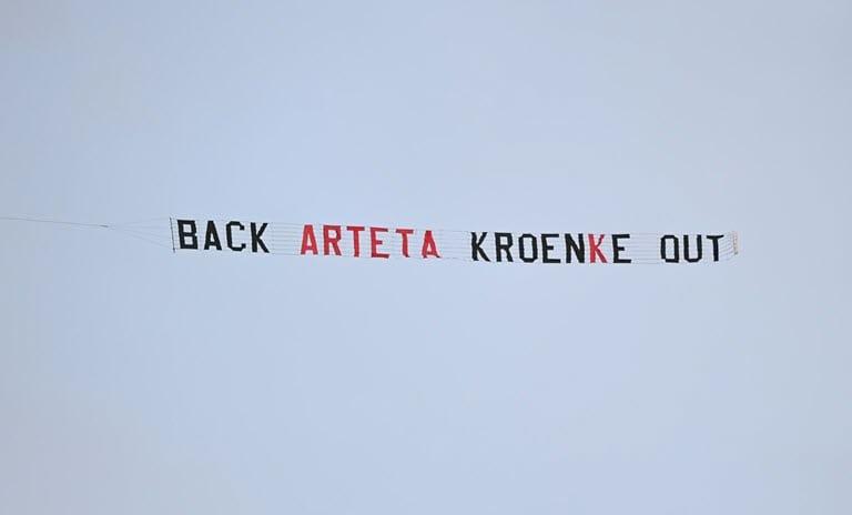 Arteta backs board after 'Kroenke out' plane stunt