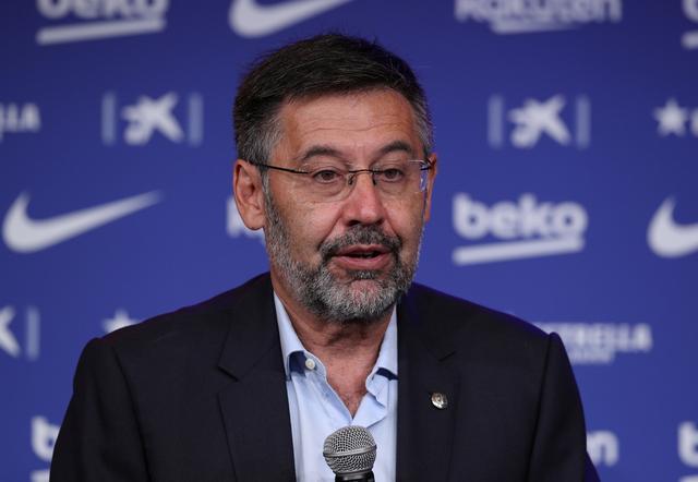 Barca president Bartomeu faces vote of no-confidence