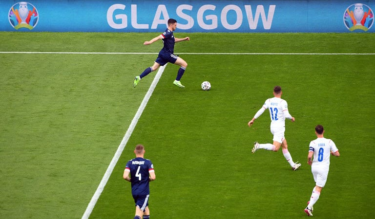 Scotland must build on England draw- Robertson