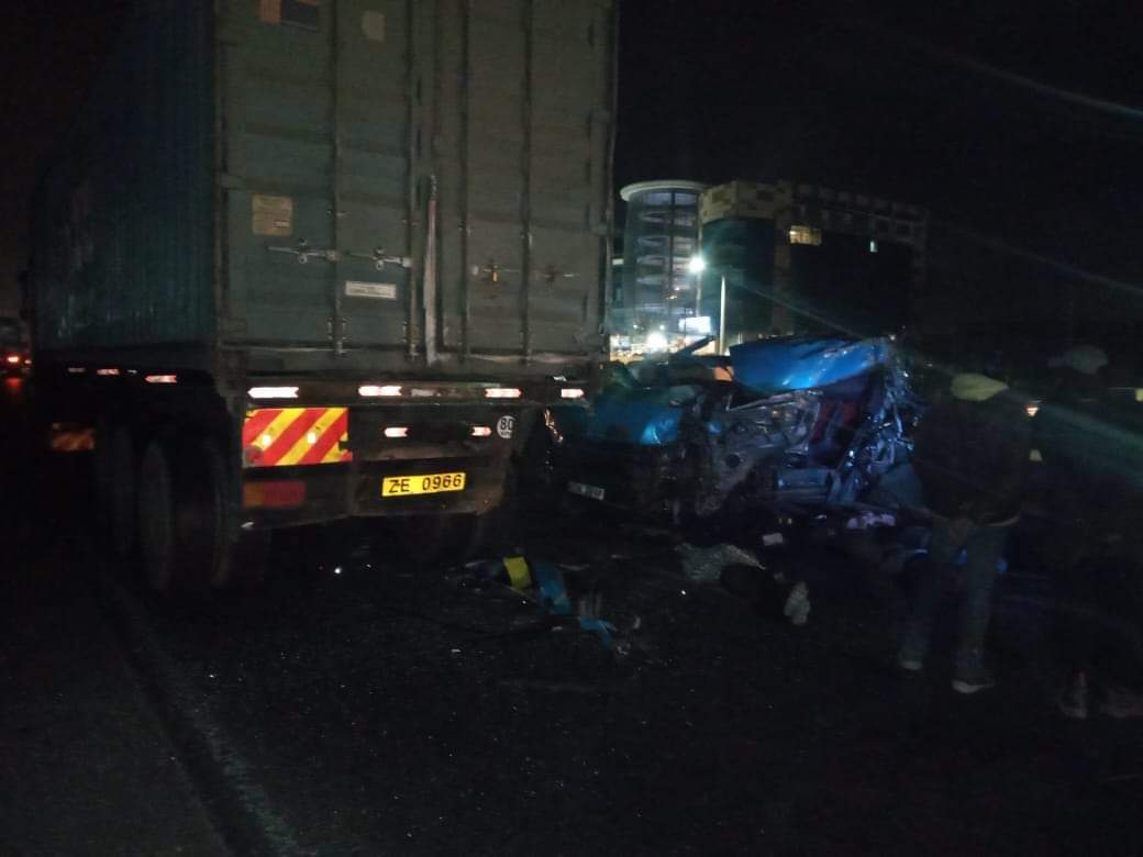 Four killed after matatu rams into trailer in Mlolongo