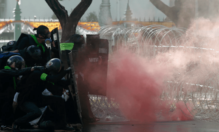 More than 100 charged with insulting King during past year of Thai protests
