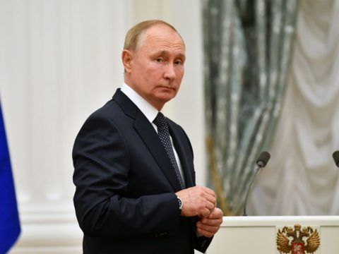 Russian pro-Putin party wins majority after crackdown; foes cry foul