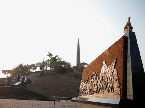 Mugabe's remains should be reburied at Harare monument, Zimbabwe magistrate rules