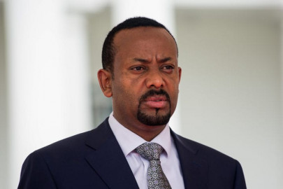 Ethiopia's PM  Abiy Ahmed sworn in for second term as war spreads