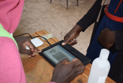 IEBC decries low turnout in the ongoing voter registration