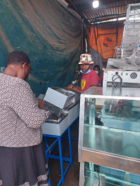 Another day, another politician: Bevalyne, viral 'chipo mwitu' vendor, receives equipment from Senator Kwamboka