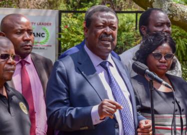 Musalia Mudavadi urges President Kenyatta to lift the curfew