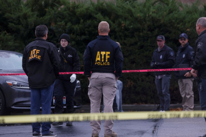 Gunman in Idaho shopping mall shooting spree dies of injuries